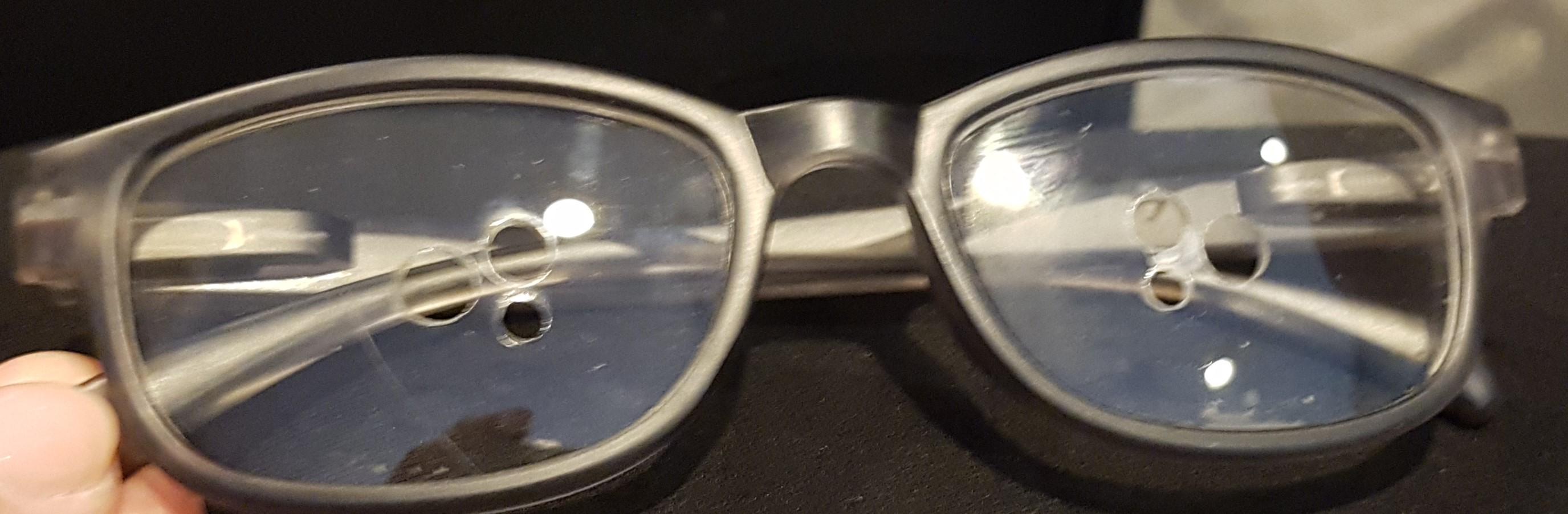 82fccfd6298692 Door zijn eigen oogklachten werd de uitvinder van de oogdruppelbril  geconfronteerd met de problemen die hij en veel mensen ondervinden om ...
