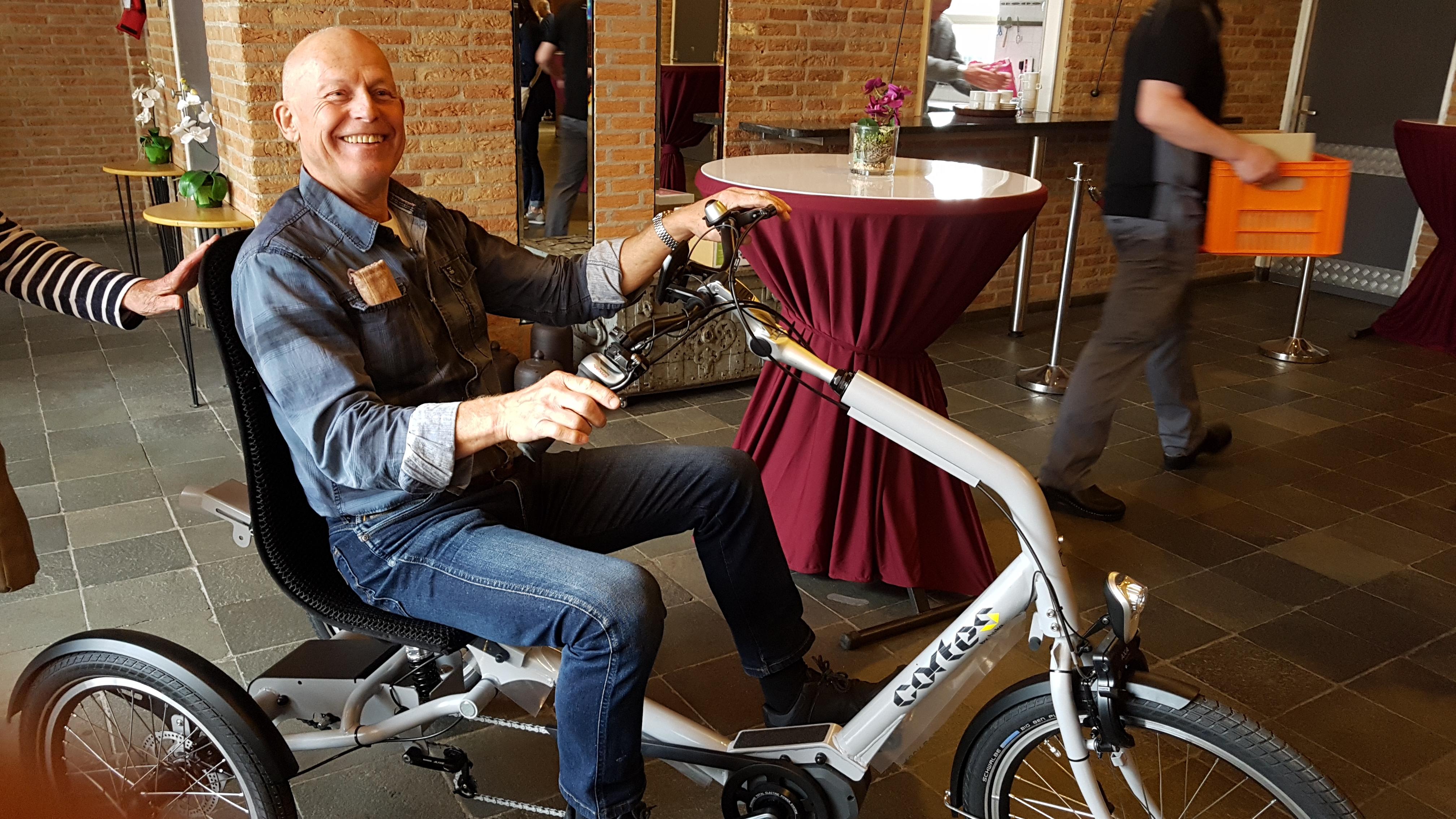 86ff14bcf38 ... ledenmiddag van 17 april. Deze stond geheel in het teken van de e-bike.  We hadden daarvoor 2 sprekers uitgenodigd en 4 fietsen om uit te proberen.
